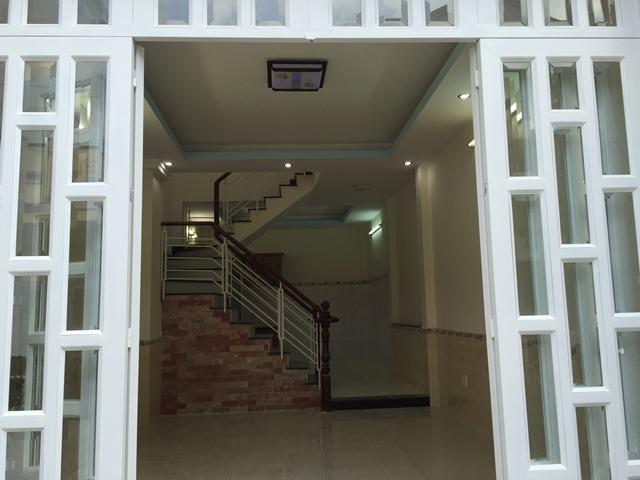 Nhà mặt tiền đường Tiểu La